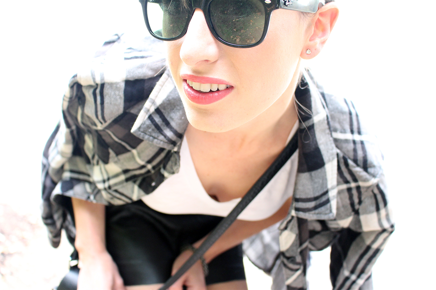 Style Bee wearing Rails LA, RayBans and leather.