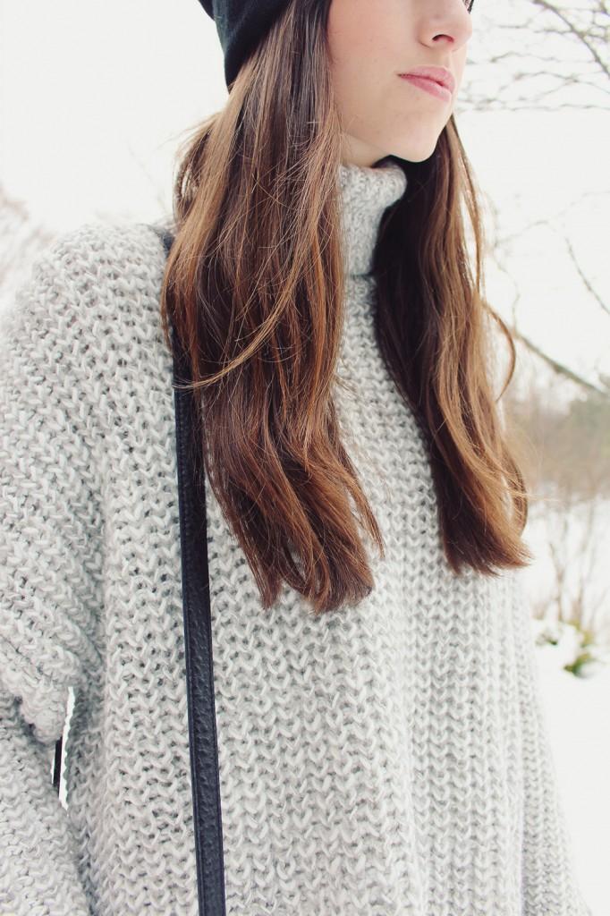 Style bee in a Grey Zara Sweater