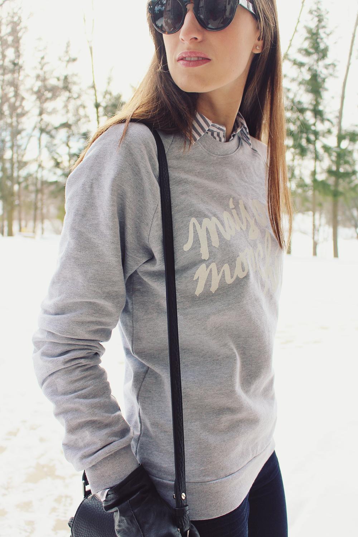 Style Bee - Mais Oui, Mon Cherie Sweatshirt.