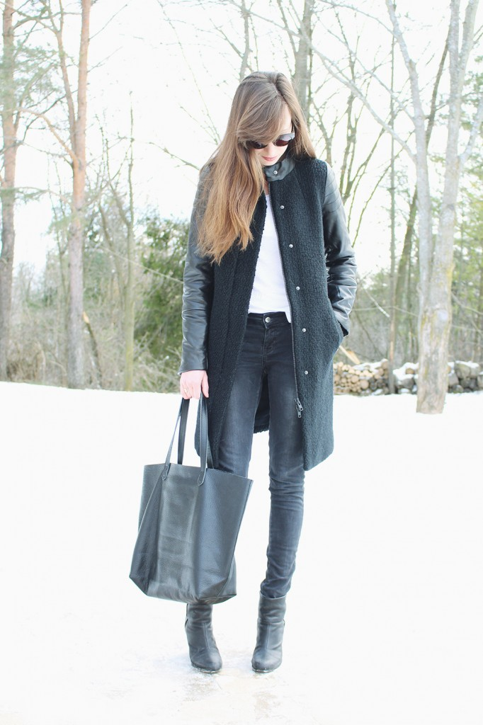 Style Bee in a winter look.