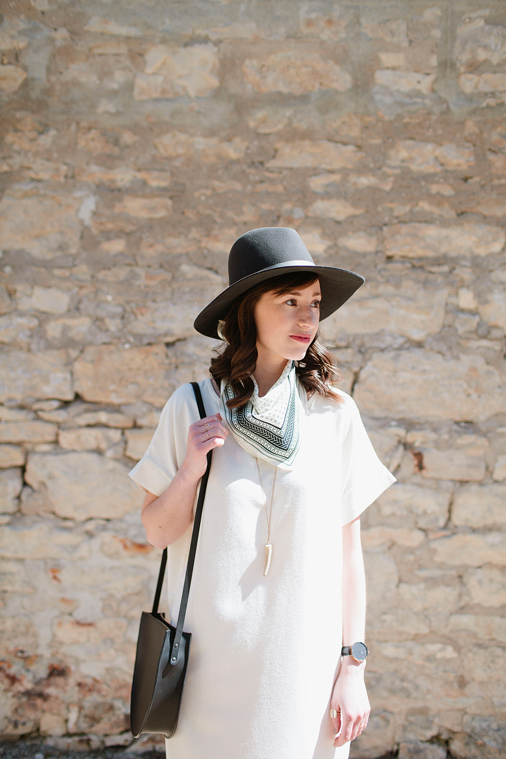 Style Bee - Look 4 - 10 x 10 - Spring