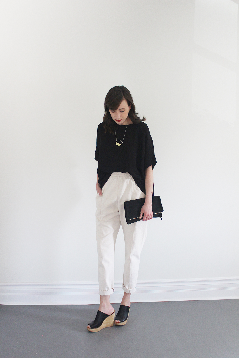 Style Bee - Look 15 - The Fine Line