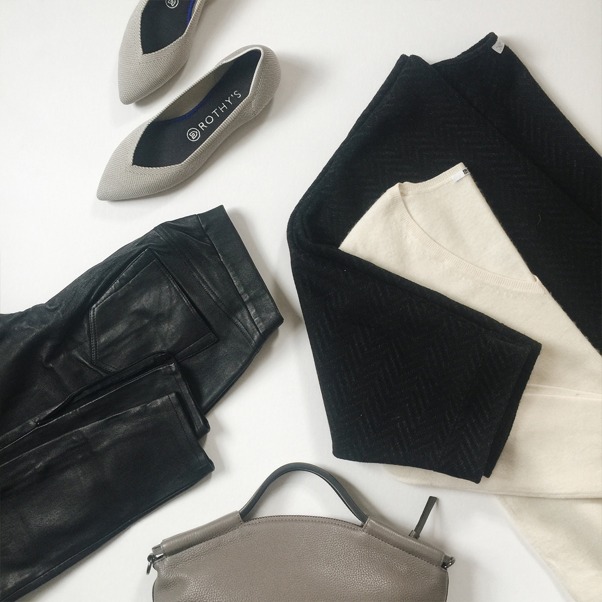 Style Bee Closet Sale Preview