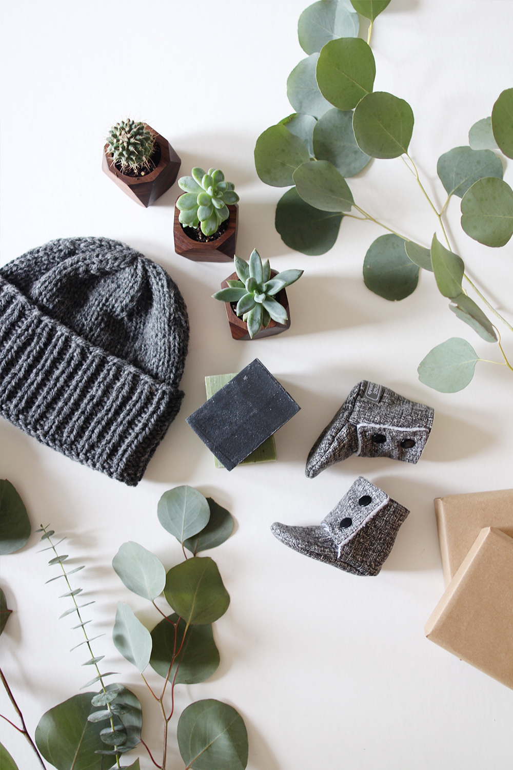 Style Bee - ETSY CANADA - GIFT GUIDE